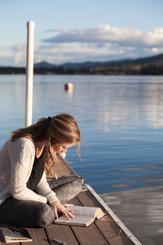 Summer Reading Tips for Parents of Reluctant Teens